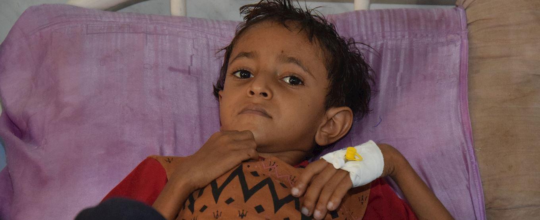 Les enfants souffrent de malnutrition au Yémen