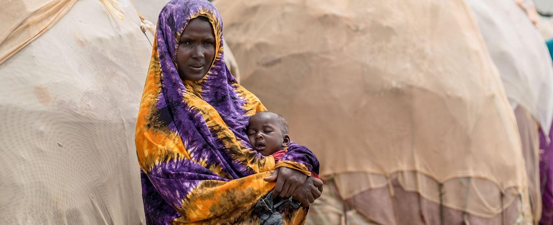 femme somalienne avec son enfant